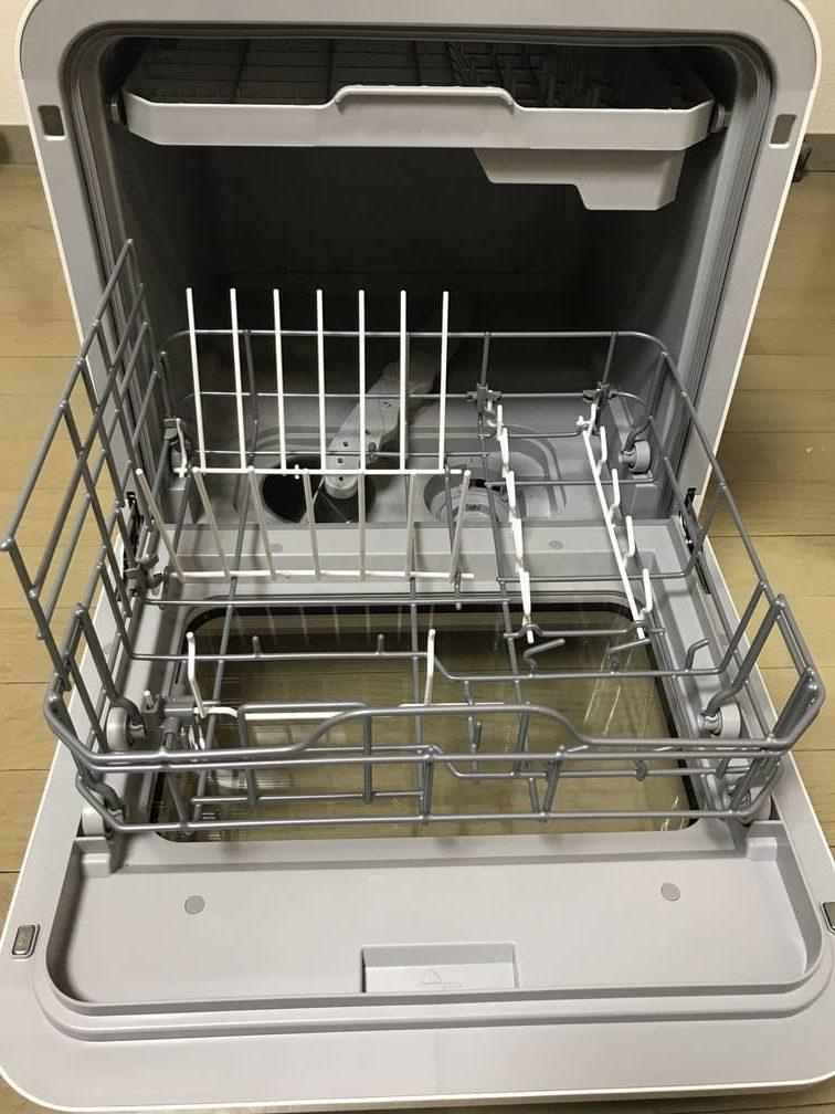 食洗機ベルソスの庫内